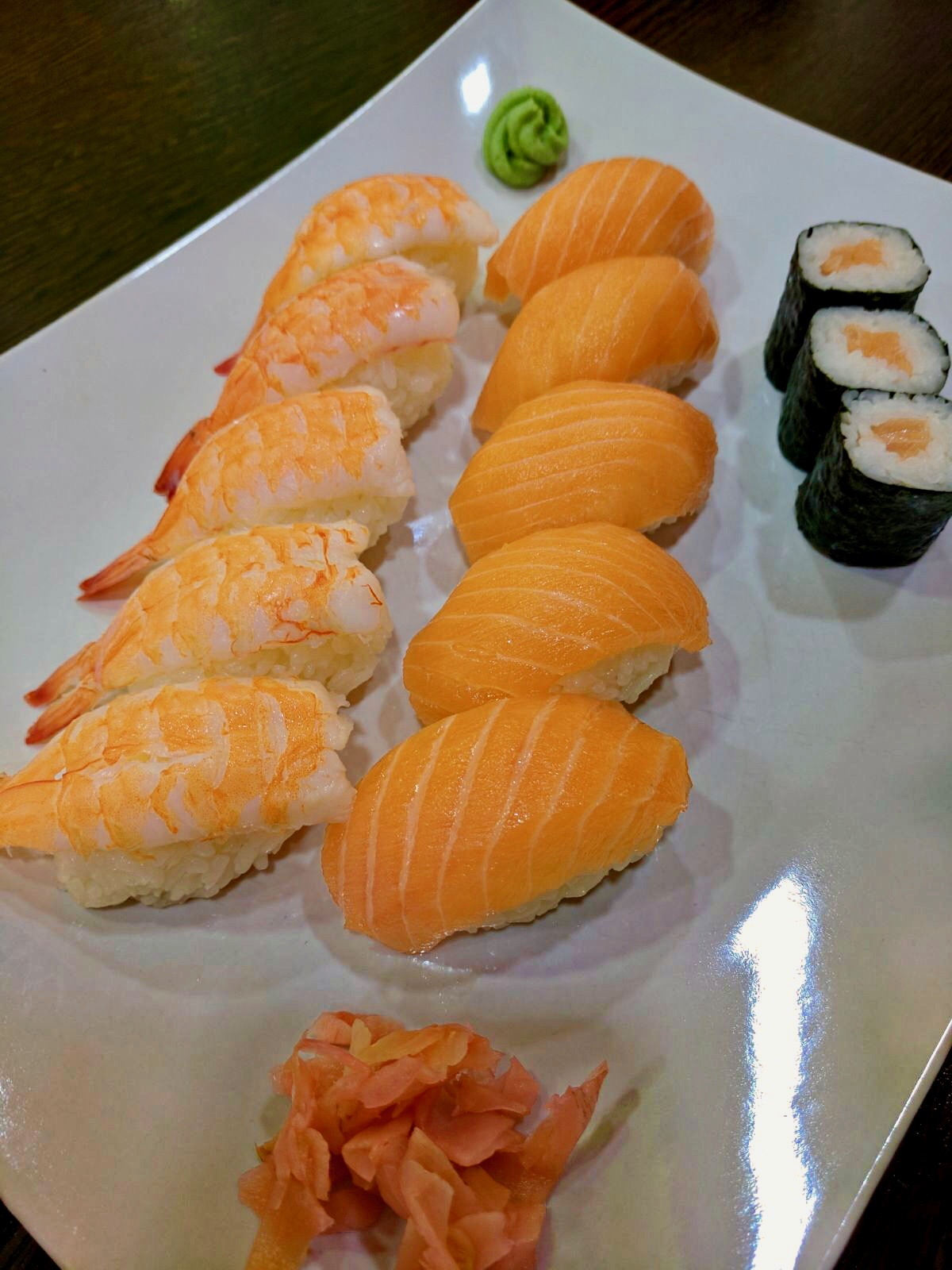 Salmon nigiri and Maki neatly lined up - best sushi in Leeds