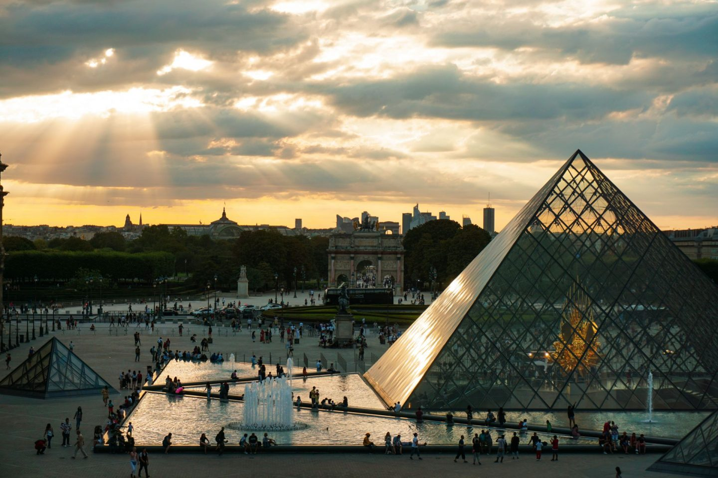 things to do at home when self-isolating: the louvre Paris france