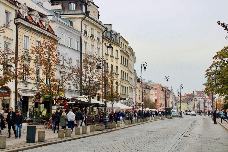 cheap european city break - A long, wide street in Warsaw, Poland