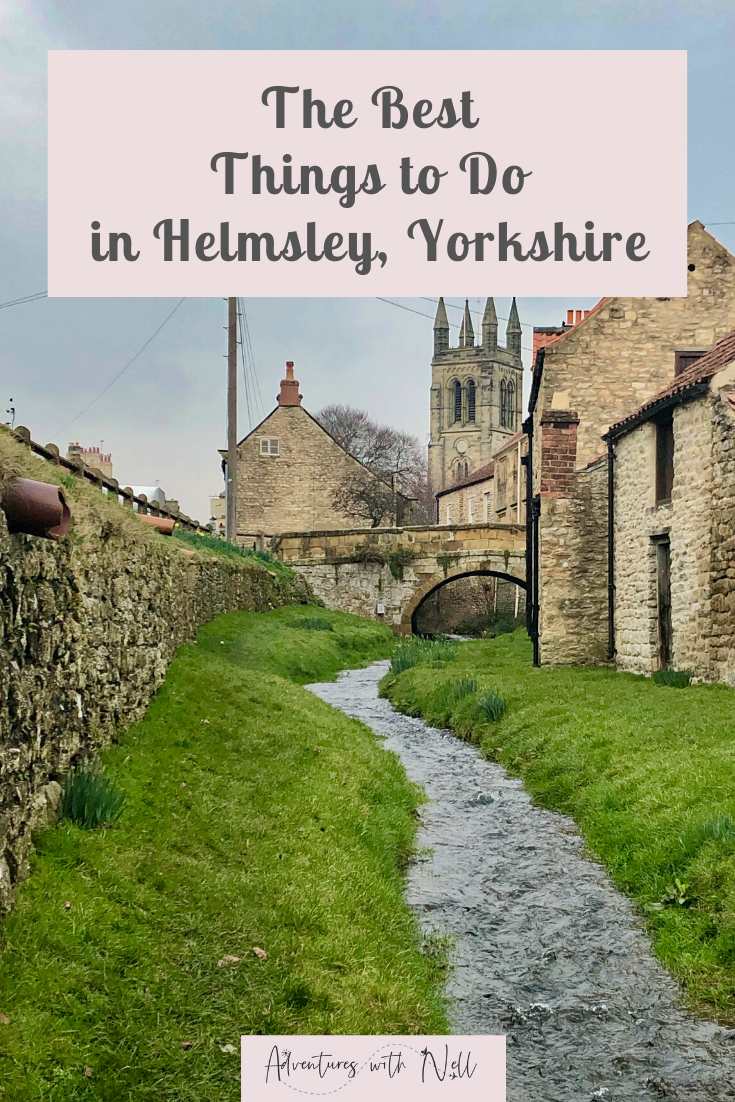 A guide to the best things to do in Helmsley, a quaint market town in North Yorkshire. Includes where to stay/ accommodation/ hotels, places to eat / pubs/ restaurants, Helmsley castle, brewery, tap room, and things in the surrounding area such as Harome and Staithes. UK travel, England, destination guide, travel inspiration, most beautiful British towns.